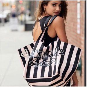 Victoria's Secret Oversized Weekender Bag
